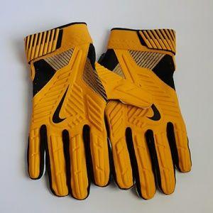 Nike D Tack NFL PE Padded Lineman Gloves NWOT
